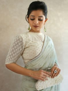Here are high neck blouse designs in latest, trendy blouse patterns with varied collars, necklines from simple blouse designs to chic style blouse designs. New Saree Blouse Designs, Blouse Designs High Neck, Saree Blouse Patterns, Designer Blouse Patterns, Fancy Blouse Designs, Bridal Blouse Designs, Dress Designs, Stylish Blouse Design, Blouse Designs