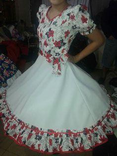 Imagen relacionada Mexican Dresses, Modest Dresses, Girls Dresses, Summer Dresses, Formal Dresses, Square Skirt, New Frock, Lolita Dress, Frocks