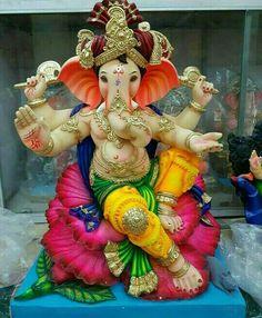 Shri Ganesh Images, Durga Images, Ganesha Pictures, Ganesha Drawing, Lord Ganesha Paintings, Ganesh Aarti, Clay Ganesha, Happy Ganesh Chaturthi Images, Ganesh Lord