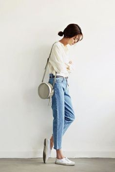Bag: tumblr jeans denim blue jeans white blouse blouse sneakers white sneakers low top sneakers