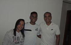 Inspiração em Neymar e pai jogador: conheça Rodrygo, nova joia do Santos  http://santosfutebolarte.omb10.com/SantosFutebolArte/placar-de-coritiba-x-santos