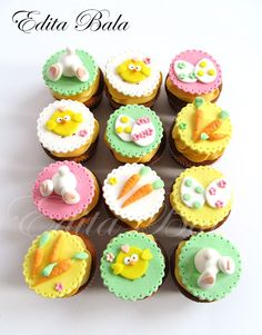 A great selection of Easter badges to celebrate this special religious day. Easter Snacks, Easter Treats, Easter Recipes, Easter Bunny Cupcakes, Easter Cookies, Easter Cake, Easter Party, Fondant Cupcake Toppers, Cupcake Cakes