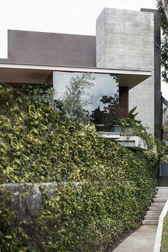 Ramos House by JJRR/ARQUITECTURA - MyHouseIdea