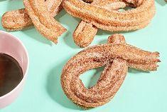 Martha's Favorite Churros Peanut Butter Blossom Cookies, Classic Peanut Butter Cookies, Desserts To Make, Dessert Recipes, Dessert Ideas, Superbowl Desserts, Vanilla Sheet Cakes, Chocolate Dipping Sauce, Vegetarian Chocolate