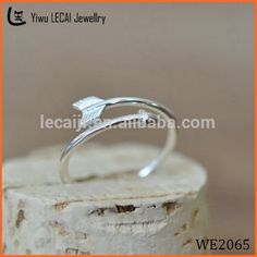 Look what I found Via Alibaba.com App: - Arrow ring Arrow Knuckle Midi Finger Clutch Adjustable Ring arrow jewelry unique Couple rings