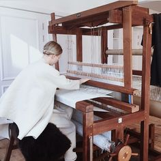 Amy Revier weaving