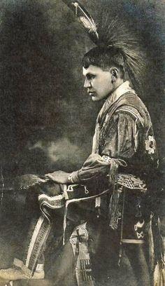 Sac & Fox (Meskwaki) man - circa 1910