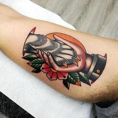 """• Presso """"Back in Black Tattoo Studio"""" a Monterotondo (Via Adige 43a) - dalle 10:00 alle 20:00 • Per info contattatemi in privato 📲📲📲 •…"""