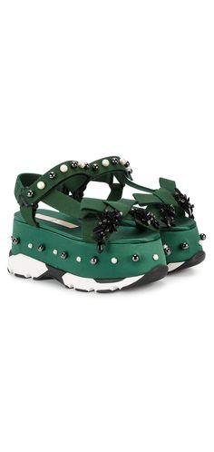 Nº21 Green Jewel Platform Sandals, explore new season sandals on Farfetch.