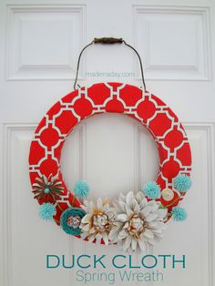 duck cloth spring wreath, crafts, seasonal holiday d cor, wreaths Wreath Crafts, Diy Wreath, Diy Crafts, Wreath Ideas, Fabric Garland, Spray Paint Flowers, Painted Flowers, Book Page Wreath, Diy Spring Wreath