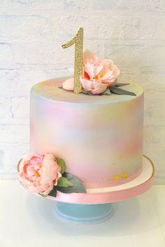 Birthday Cake Smash, 13th Birthday, Happy Birthday Cakes For Women, Easter, Pretty, Desserts, Food, Cake With Flowers, Birthday Cakes