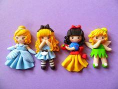 Rainbow in the Dark: Nuove principesse Disney in fimo: Ariel,Biancaneve,Cenerentola,Trilly,la bella addormentata nel bosco,Alice nel paese delle Meraviglie