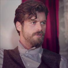 Kivanc Tatlitug as Kurt Seyit Eminof in the Turkish TV series based on a true story about a Russian Army Officer from Crimea who is of Turkish decent. Kurt Seyit ve Sura 2014.
