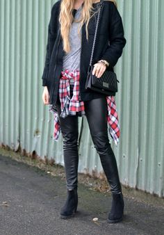 Street style inspo with tartan / checked details pleather pants, messenger back and black boots. Grunge vibes - perfect fall fashion everyday style imo.