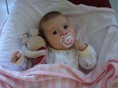 Sommeil de bébé de 0 à 3 mois : Bonnes habitudes de sommeil chez le bébé de 0 à 3 mois ? Comment est le sommeil de votre bébé entre 0 et 3 mois ? Petits et gros tracas de sommeil, nos solutions.