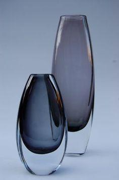 Strombergshyttan Vase by Gunnar Nylund Vase Centerpieces, Vases Decor, Ceramic Design, Glass Design, My Glass, Glass Art, Kosta Boda, Portfolio Layout, Tea Art