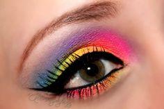 Rainbow #makeup #eyeshadow #dramatic