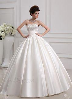 Stunning Sweetheart Pearl Lace-Up Ball Gown Wedding Dress 10952097 - Wedding Dresses 2014 - Dresswe.Com