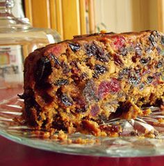 """Kathy's Really Easy Fruitcake (This cake is dairy, egg & sugar free!) Link takes you to all recipes on there, just select the """"GL /Dairy / Egg / Sugar Free Christmas Cake"""" box. Easy Cake Recipes, Baking Recipes, Sweet Recipes, Dessert Recipes, Easy Fruit Cake Recipe, Fruit Cake Recipes, Christmas Fruit Cake Recipe, Boiled Fruit Cake, Gateaux Cake"""