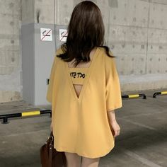 Tshirt Dress Pattern, Korean Shirts, Red Overalls, T Shirts For Women, Clothes For Women, Casual Tops, Korean Fashion, Shirt Style, Harajuku