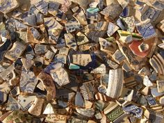 Collection of river relics from the Thames at low tide. This would be a dream to me