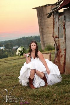 I want a country wedding.
