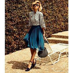 Busy mondays  #dressforwork #fashion #styleguide #blogger #instafashion #workflow #pantsuit #repost #workswag #blackonblack #workwear #follow #style #outfitoftheday #ootd  #lookbook #instafashion #pantsuits #repost #springtrend #happy #corporatewoman #corporatewear #professional