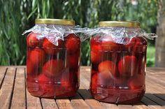 Compot de prune | Retete culinare cu Laura Sava Canning Recipes, Mai, Salsa, Cooking, Food, Marmalade, Canning, Kitchen, Eten