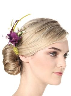 Aviary Women's Silk and Feather Hair Comb, http://www.myhabit.com/redirect?url=http%3A%2F%2Fwww.myhabit.com%2F%3F%23page%3Dd%26dept%3Dwomen%26sale%3DAOS5X1TMOSNS2%26asin%3DB00BJNBS08%26cAsin%3DB00BJNBSNU