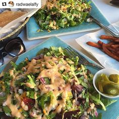 #Repost @radwaelalfy with @repostapp ・・・ Never too early to be craving this💣🍑 salad✨✨✨