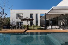 Gallery of House in Tel Aviv / Neuman Hayner Architects - 8