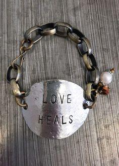 Love Heals Bracelet – DejaVu