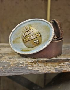 (http://www.dangchicks.com/product/new-arrivals/handmade-belt-buckle-true-to-your-heart/)