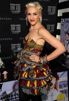 US Celebrity Gwen Stefani wearing African Print. Hmm, I think she looks Hot. African Dresses For Women, African Attire, African Wear, African Women, African Style, African Design, African Shop, African Beauty, African Inspired Fashion