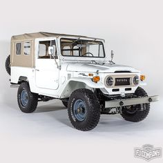 1974 Toyota LandCruiser FJ43 White #fjrestoration #fj43 #fjco1974orange #4x4