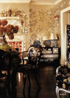 Another picture of Anna Sui's living room.  | Forever Sui