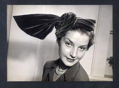 Suzanne Fournillon (Millinery) 1951 Orignal Press Photo Robert Cohen