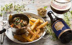 Luostarin lammaspata ja trappistipanimo Chimayn blue -olut ovat täydellinen pari pääsiäisen juhlapöytään. Klikkaa helppotekoiseen ohjeeseen tästä. Japchae, Koti, Cooking, Ethnic Recipes, Kitchen, Brewing, Cuisine, Cook