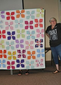 Quilt by @labellacolori Kira Bell (I need her t-shirt!)
