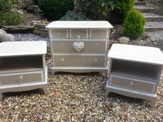 SOLD Stag Minstrel Bedroom Drawers and Pair of Side Tables, £235.00