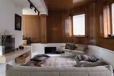 Nostalgic+ modern + luxe:  Not the usual, stylish! Home Sweet Home » Living out of the box Thuis bij Tim Van Steenbergen