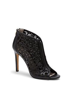 138 best Shoes! images on Pinterest  1daaca5913e0
