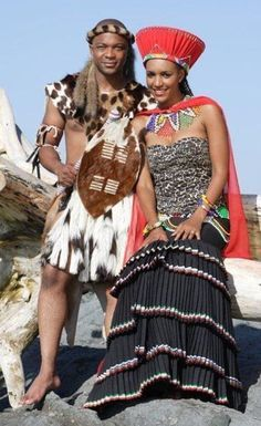 Zulu traditional wedding outfit with a slightly modern twist on that skirt and bodice. Somizi and mohales traditional wedding African Attire, African Wear, African Women, African Dress, African Fashion, Zulu Traditional Wedding Dresses, African Traditional Wedding, Traditional Outfits, Traditional Weddings