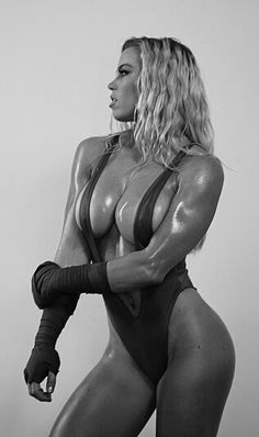 GUNS & BUNZ - Lauren Drain Kagan