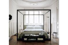 Alcova Bed by Antonio Citterio for Maxalto