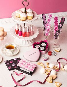 Totally cute!!! Cupcakes, nail polishes and tea!! So Me!!