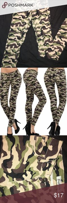 Camo skinny jeans Camouflage skinny jeans, stretchy material, only wore once! Great condition, super comfy! Pants Skinny