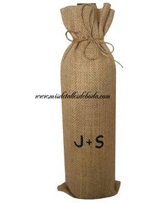 14e51d564 bolsa para botella de vino personalizada con iniciales de los novios  http://www