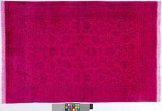 Pink (-er) Teppich by KISKAN PROCESS HAMBURG, Orientteppich, gefärbter Teppich, Wohnzimmer, vintage, orient, muster, Wohneinrichtung, Vintage Teppich, rug, carpet, pink