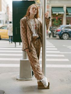 Spider Fawn Library c___l___o The Americans, Blue Bloods, Beatiful People, Sadie Sink, Millie Bobby Brown, Celebrity Crush, Minimalist Fashion, Red Hair, My Girl